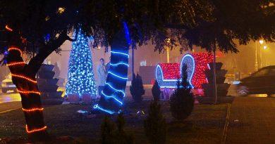 Новогодишњи вашар и Ноћ куповине по први пут у Варварину