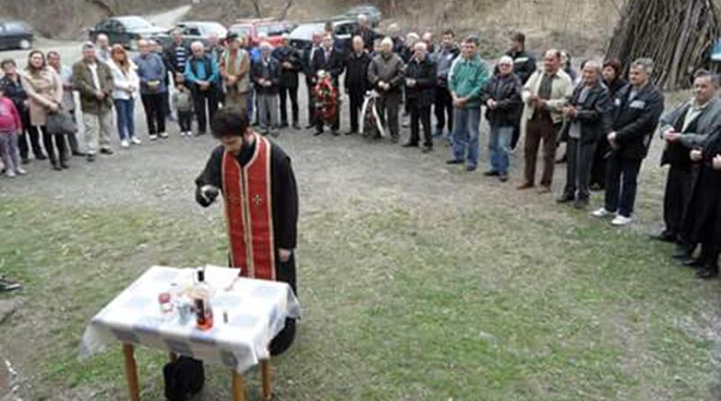 Помен жртвама свих ратова у селу Лободер