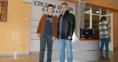 Никола Дивнић други на Републичком такмичењу из математике