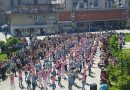 Трстенички матуранти плесали у центру града