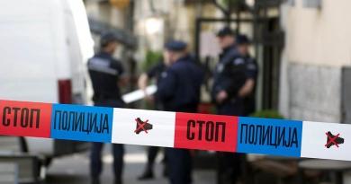 После журке разбили стакла на возилу ТВ Трстеник