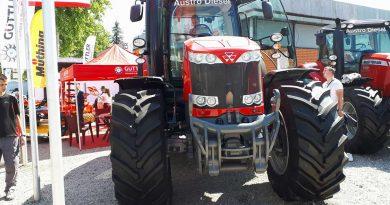 Варварински пољопривредници посетили 85. Међународни сајам пољопривреде
