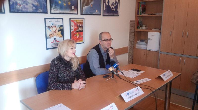 """Нови пројекат ЦИНК-а """"Писма пријатељства"""" повезује младе Крушевца и Зенице"""